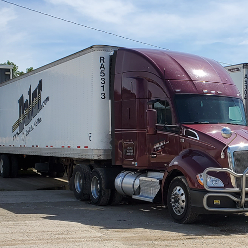 Your best choice in Milwaukee for logistics and trucking